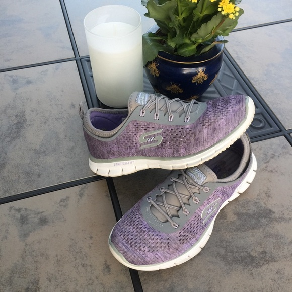 cheque rizo camión  Skechers Shoes | Sketchers Air Cooled Memory Foam Stretch Fit Shoe |  Poshmark